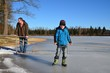 Kind auf dem Eis
