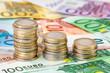 Leinwanddruck Bild - Euroscheine und Euromünzen