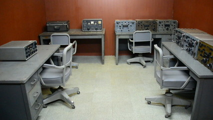 Pan Down - Underground Command Center - Independence Palace - Ho Chi Minh City