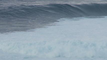 Time Lapse of Big Ocean Waves - Maui Hawaii