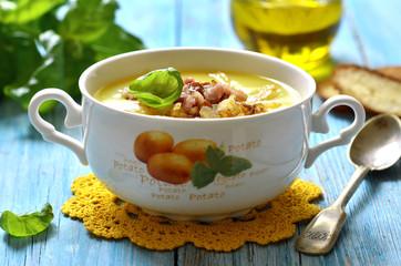 Potato cream soup.