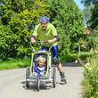 Fitnesstraining mit dem Sohn