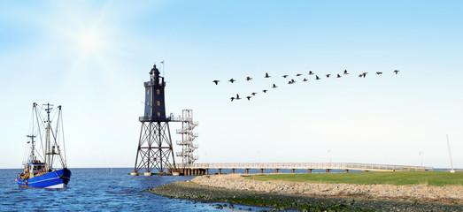 Panorama mit Leuchtturm, Krabbenkutter