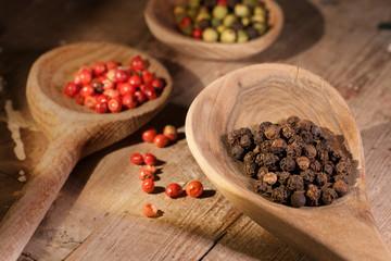 Mixed peppercorns_02