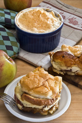 Bread pudding with apples Czech or German style (Zemlovka / Semm