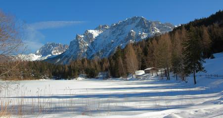 Rundweg am Lautersee, Winterlandschaft bei Mittenwald