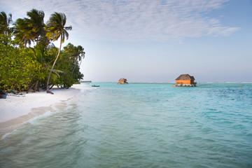 Haus auf dem Wasser auf den Malediven