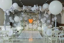 "Постер, картина, фотообои ""wooden arch at wedding ceremony"""