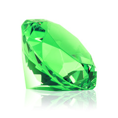 Grüner Diamant freigestellt