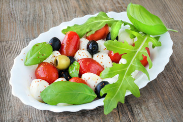 Mozzarella - Rucola - Salat