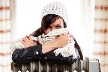 Heizung - Frau - Kosten senken