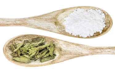 stevia leaf and white cane sugar