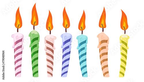 ustaw świece urodzinowe