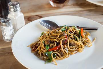 Sulf clam in spaghetti and spicy