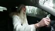 women singing in the car 02