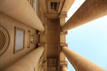 Colonnade, view from below
