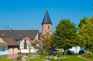 Ortsbild mit der Heilig-Kreuz-Kirche, Loffenau
