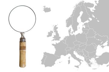 Mappa d'Europa con lente di ingrandimento - Map of Europe