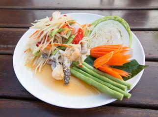 papaya salad with horse crab