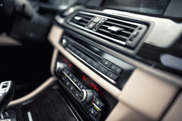 car ventilation system and air conditioning