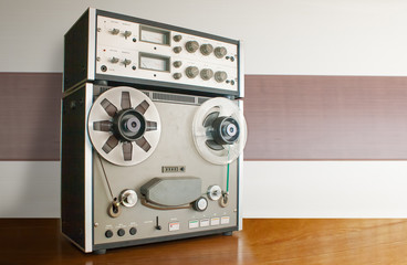 professional reel tape recorder