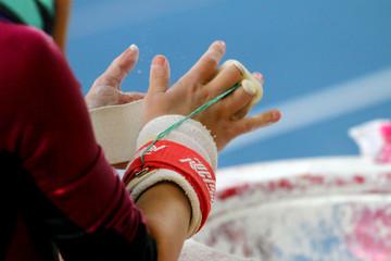 gymnastics hands