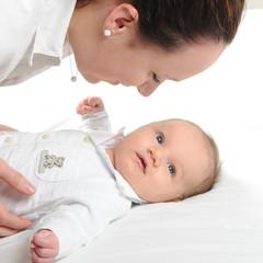 jeunne femme et bébé