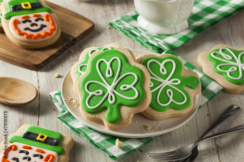 Green Clover St Patricks Day Cookies - 79190178
