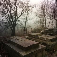 Atmospheric tombs