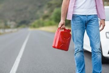 Man holding petrolcan