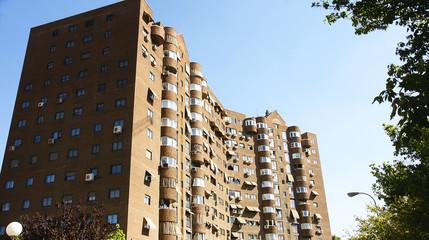 Bloque de pisos en un barrio de Madrid