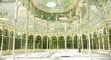 Interior del palacio de cristal en el Retiro de Madrid