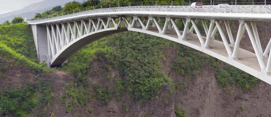 pont routier de l'Entre-Deux, île de la Réunion
