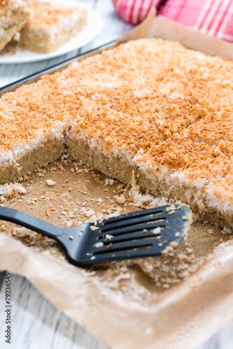 Coconut Cake - 79236545