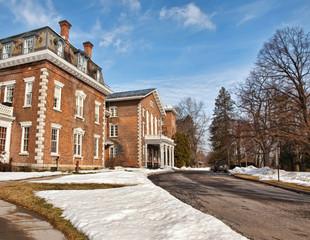 mansion driveway
