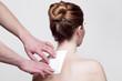 Frau mit Rückenschmerzen, ambulante Medizin