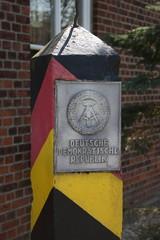 DDR Grenzpfahl