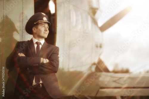 pilot vintage aircraft - 79250336
