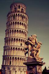 Torre di Pisa vintage e i Putti