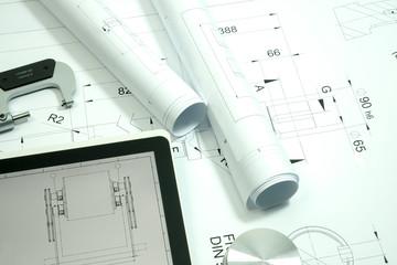 Maschinenbau, technische Zeichnungen u. Tools, Symbolfoto