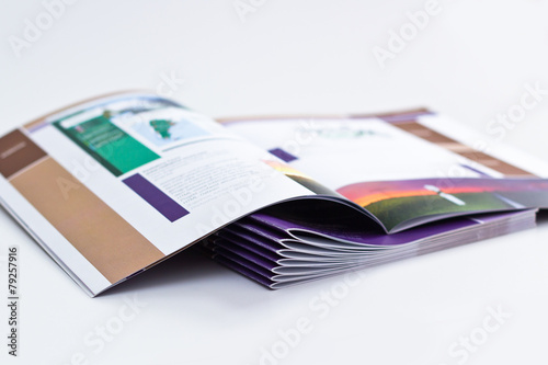 Magazin - 79257916