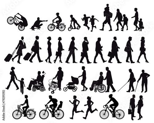 Menschen in Bewegung und Aktivitäten - 79295192