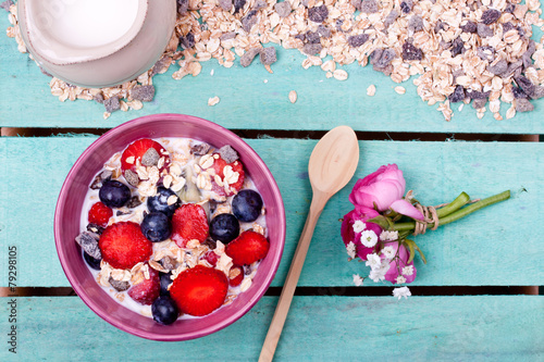 Fotobehang Aromatische muesli with fruits
