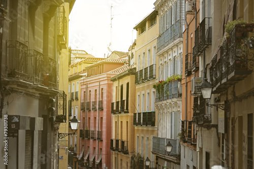 Foto Spatwand Madrid Madrid, colorful old neighborhood of