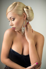 Sensual beauty woman portrait with hairstyle and make-up.