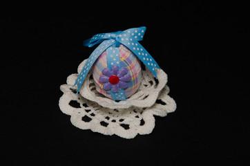 Uovo di pasqua in decoupage