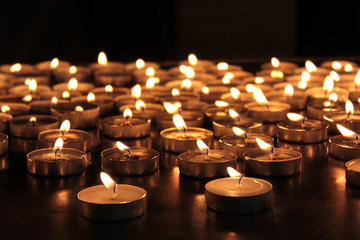 burning memorial candles