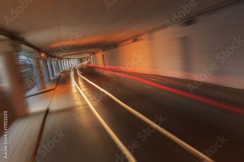 Foto op Plexiglas New York TAXI traffic in tunnel