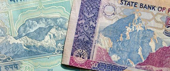 Himalayas on Banknotes