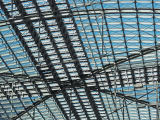 Dachkonstruktion aus Stahl und Glas